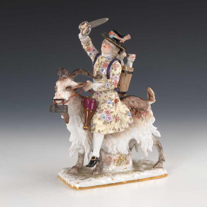 Tailor on a goat, Meissen. - photo 3