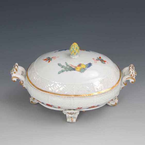 Can with kakiemon painting, Meissen. - photo 1