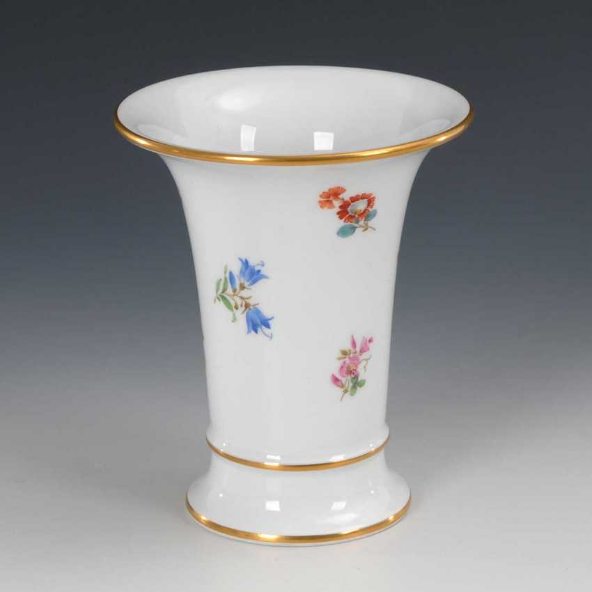 Crater vase with scattered flowers decor, Meis - photo 1