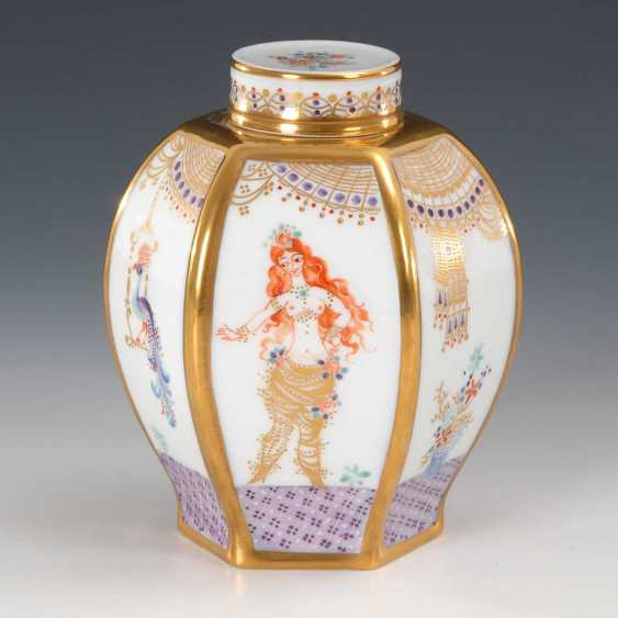 "Tea Caddy, ""A Thousand And One Nights"", Meissen - photo 3"