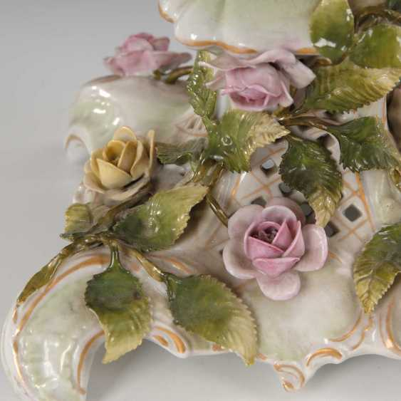 Table centerpiece with rose lining, sheer wood - photo 2