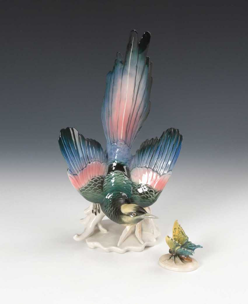 Bird and butterfly. - photo 1