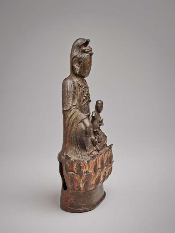 GUANYIN - THE GODDESS OF THE CHILDREN'S BLESSING - photo 2