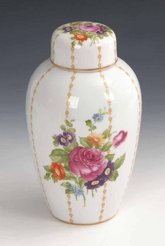 "Lidded vase ""Luise"" with floral decoration, Ros - photo 1"