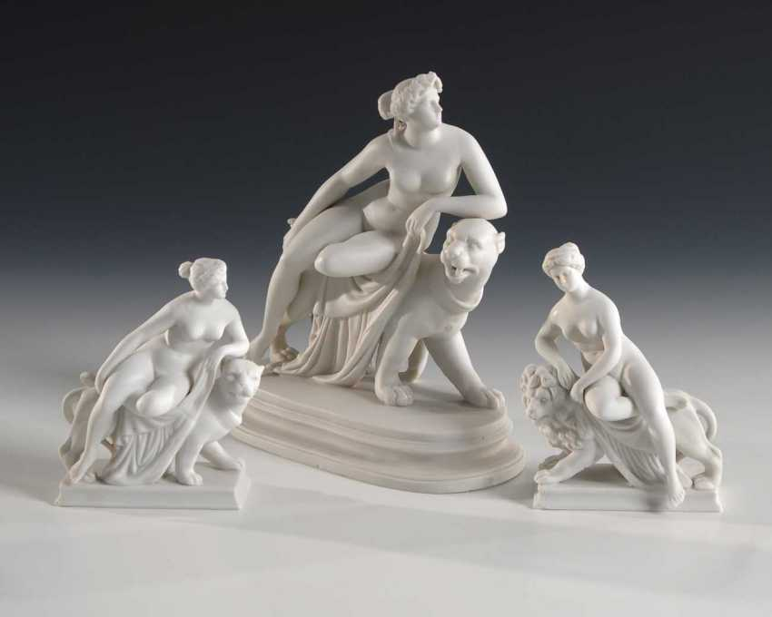 3 mythological bisque figures. - photo 1