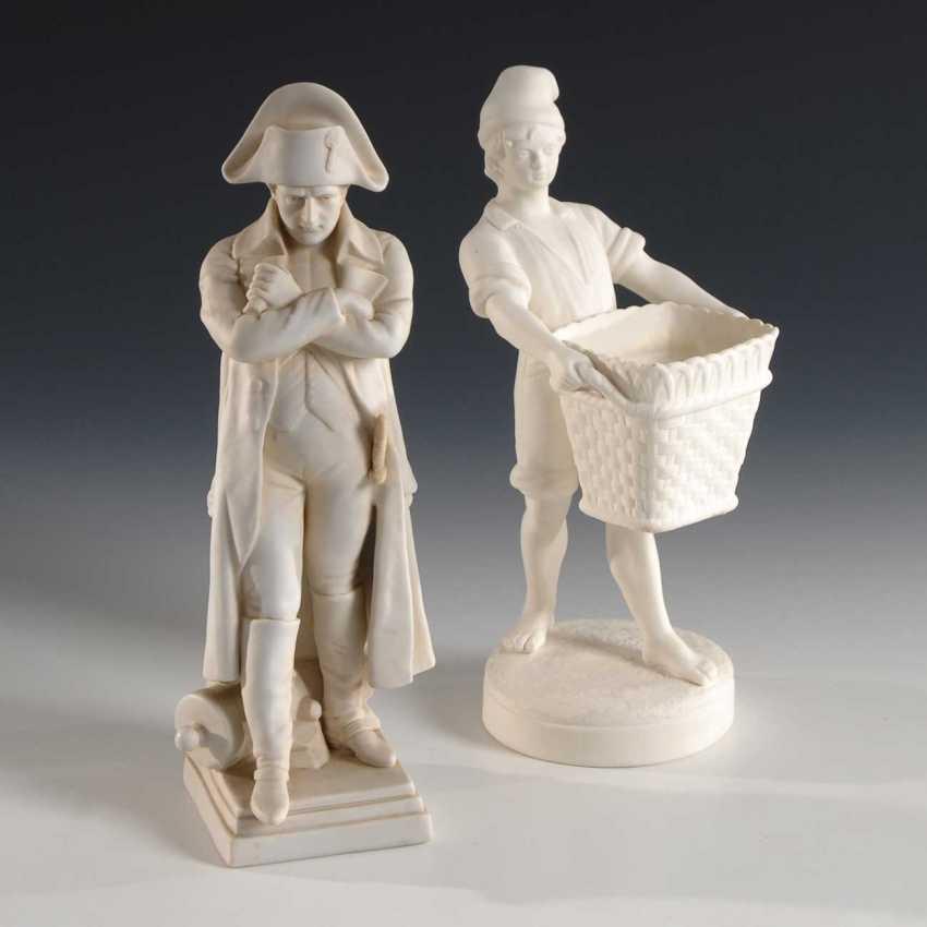 Napoleon and boy with basket. - photo 1