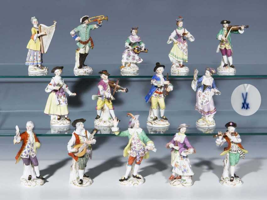 14 figures of the Gallant chapel. - photo 1