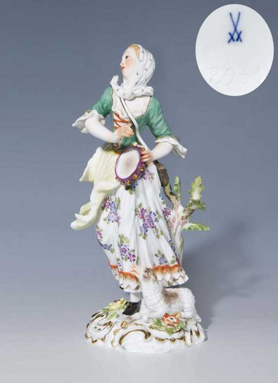 Shepherdess with a Tambourine. - photo 1
