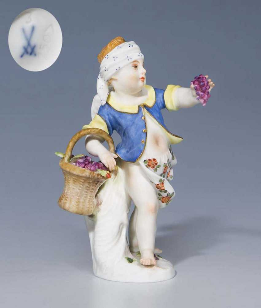 Small Disguised Cupid. - photo 1