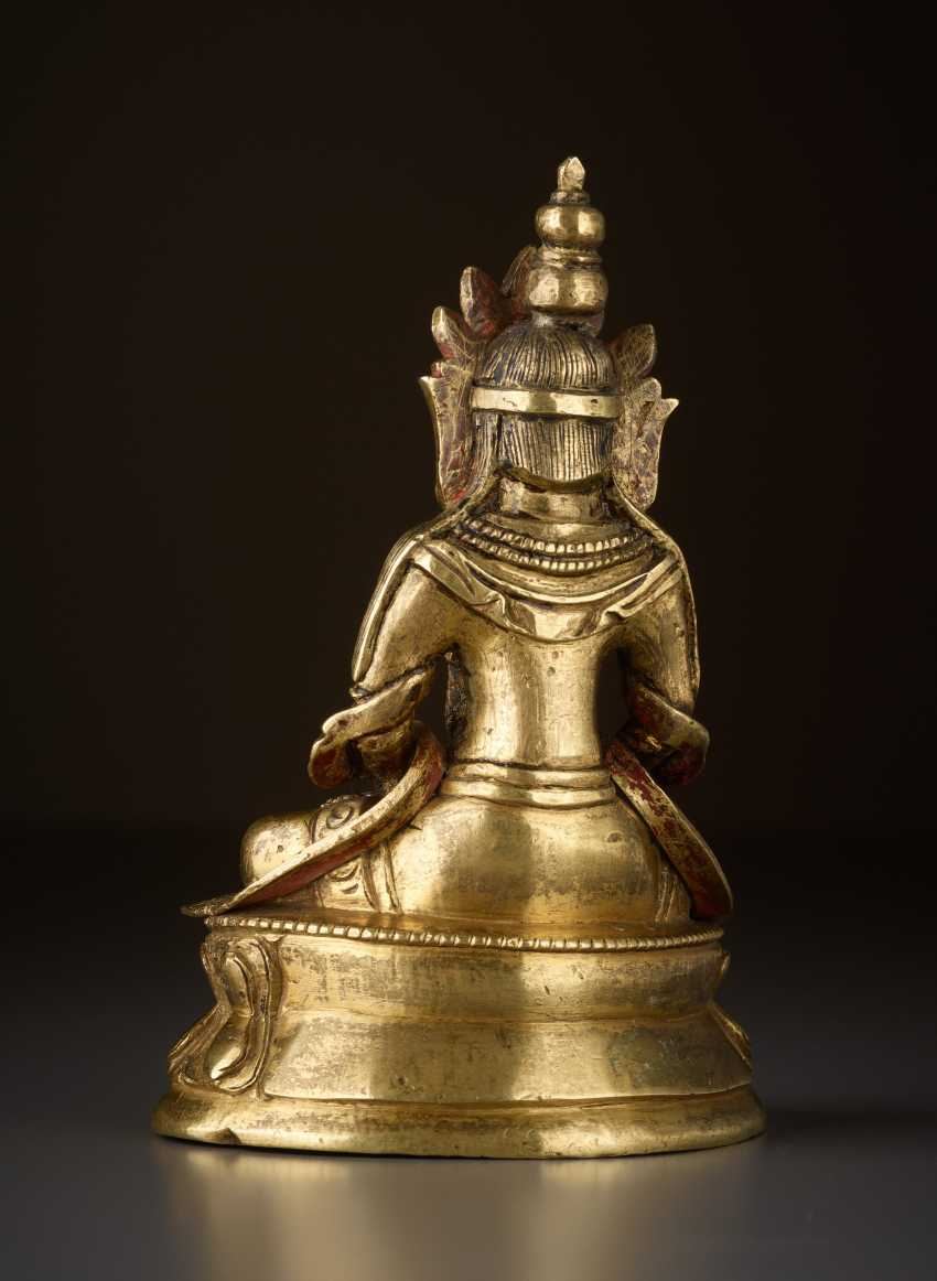 FIRE-GILT BRONZE OF BUDDHA AMITAYUS - INFINITE LIFE - photo 2