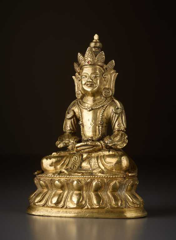 FIRE-GILT BRONZE OF BUDDHA AMITAYUS - INFINITE LIFE - photo 1