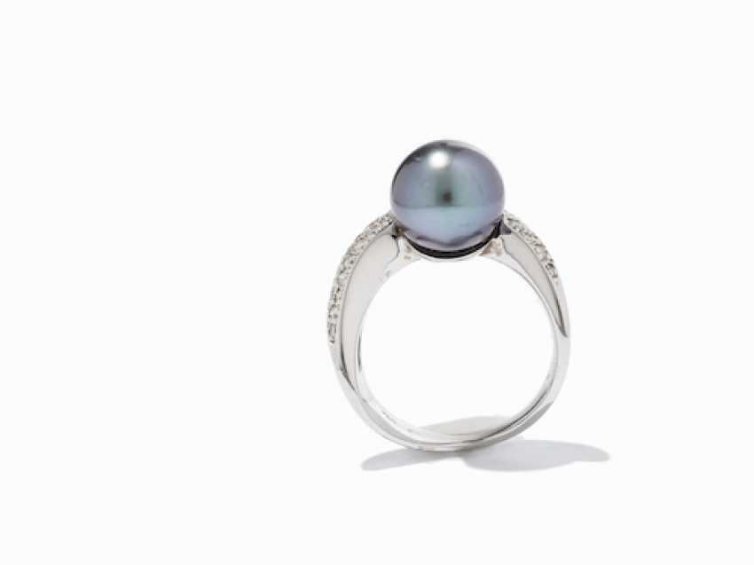 RING WITH TAHITI PEARL AND DIAMONDS. - photo 6