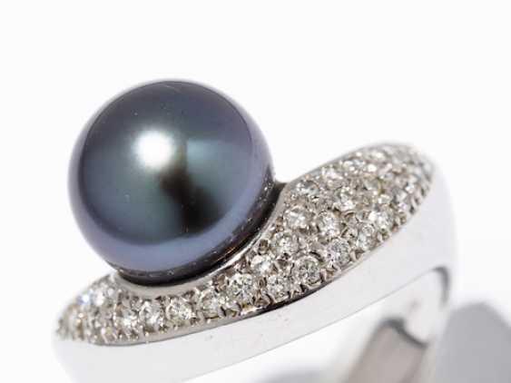 RING WITH TAHITI PEARL AND DIAMONDS. - photo 8