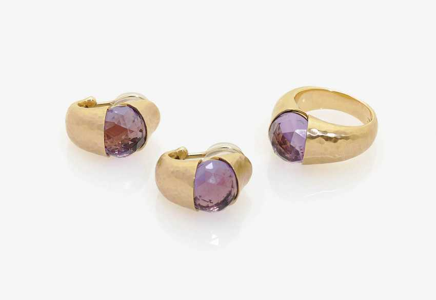 RING AND A PAIR OF CLIP-ON EARRINGS WITH AMETHYSTS . Rome, VAID, model: BAMBOO - photo 1