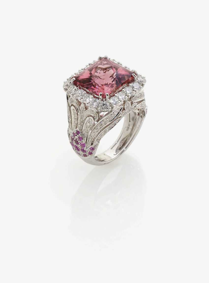 RING WITH TOURMALINE AND BRILLIANT. - photo 1