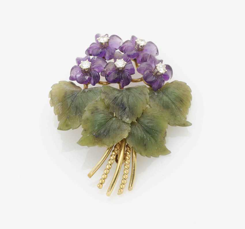 BROOCH IN THE FORM OF A VIOLET BOUQUET . Germany or Austria, 1950s - photo 1