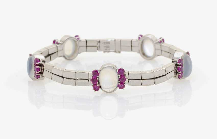 BRACELET WITH MOONSTONES AND RUBIES . Düsseldorf, RENÉ KERN - photo 1