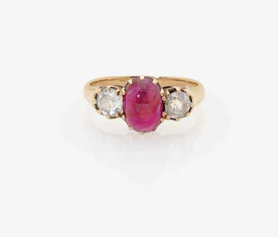 RING WITH RUBY AND OLD EUROPEAN CUT DIAMONDS . Germany, around 1910 - photo 1