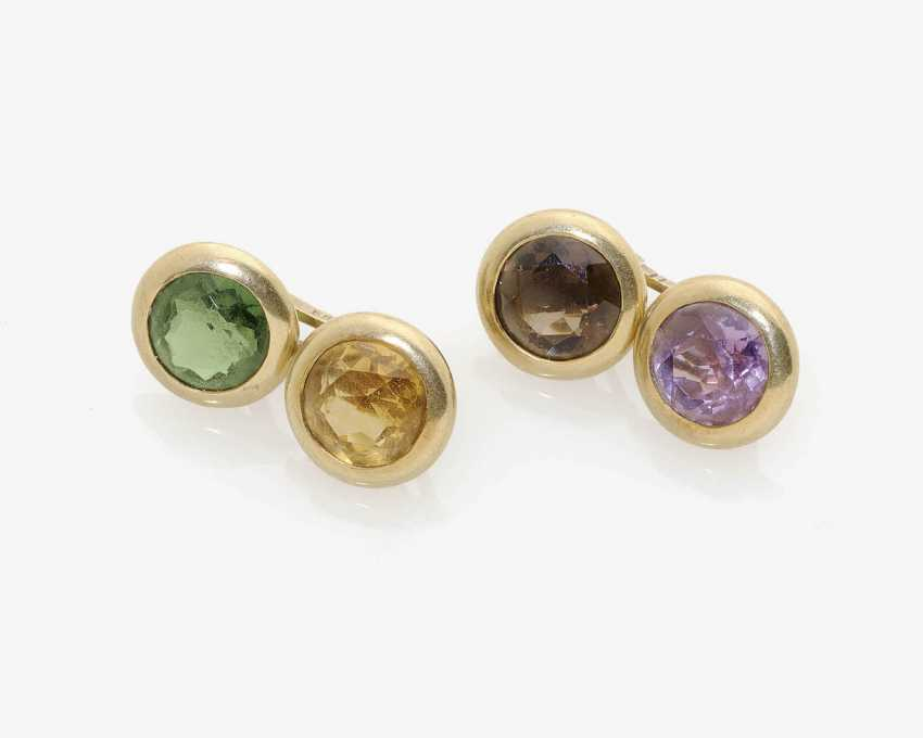 A PAIR OF CUFFLINKS WITH COLOR STONES. - photo 1