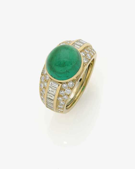 A MODIFIED BAND RING DECORATED WITH AN EMERALD AND DIAMONDS . Germany, 1980s-1990s - photo 1