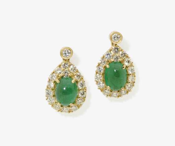 A PAIR OF STUD PIN PLUG, DECORATED WITH EMERALDS AND BRILLIANT-CUT DIAMONDS . Germany, 1980s - photo 1