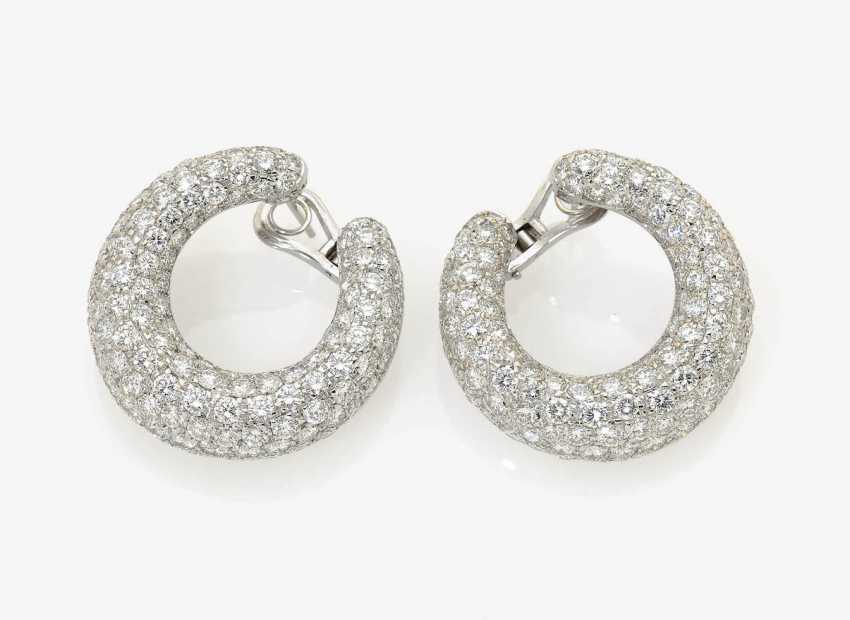 A Pair of classic stud pin clip Hoop earrings decorated with brilliant-cut diamonds . Germany, 1970s-1980s - photo 1