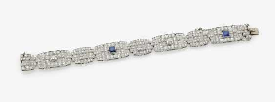 Cocktail bracelet decorated with diamonds and sapphires . France, Paris, Art Deco, 1930s - photo 1
