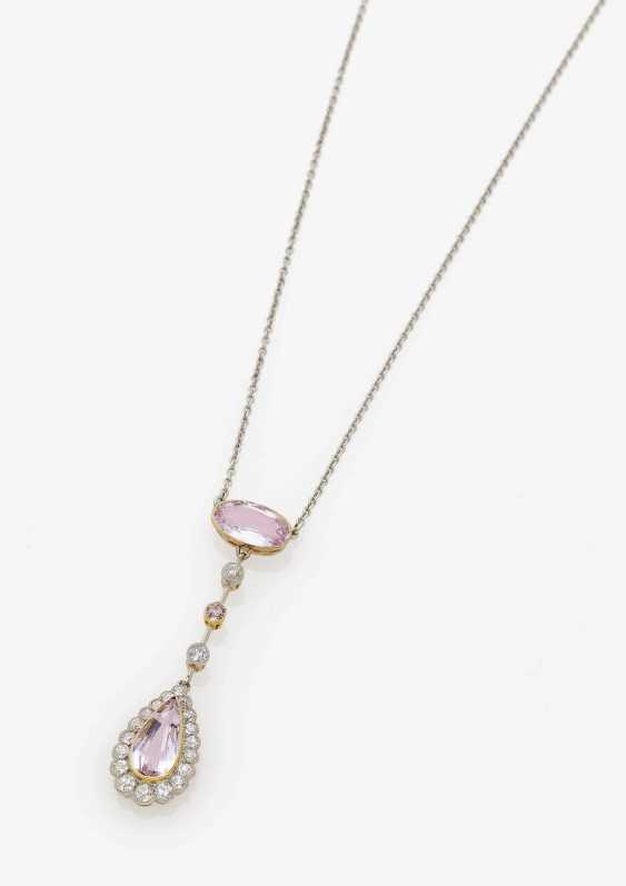 PENDANT CHAIN EMBELLISHED WITH PINK TOURMALINES AND DIAMONDS . Art Deco, circa 1925 - photo 1