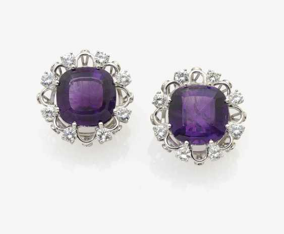 A Pair of clip-on earrings adorned with amethysts and brilliant-cut diamonds . Germany, Idar-Oberstein, 1970s - photo 1