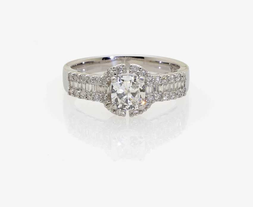 Classically modern cocktail ring decorated with a diamond-brilliant Cushion-Cut . England, 2000s - photo 1