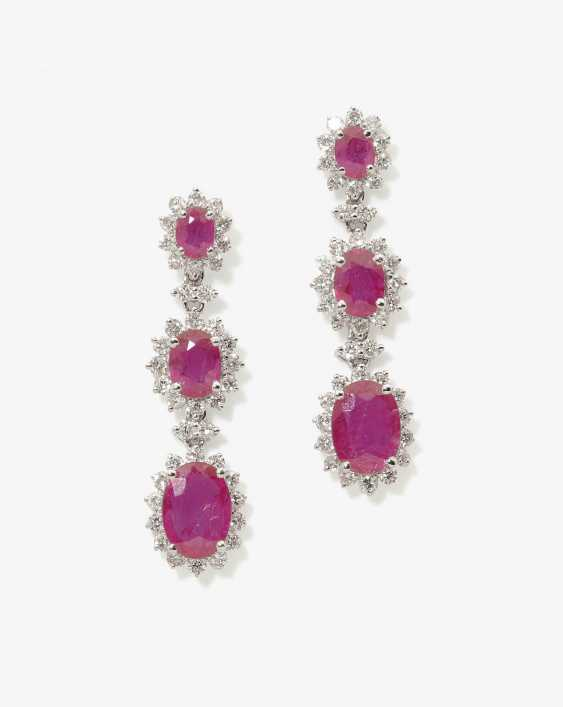 A PAIR OF STUD PIN HANGER DECORATED WITH RUBIES AND DIAMONDS . Italy - photo 1