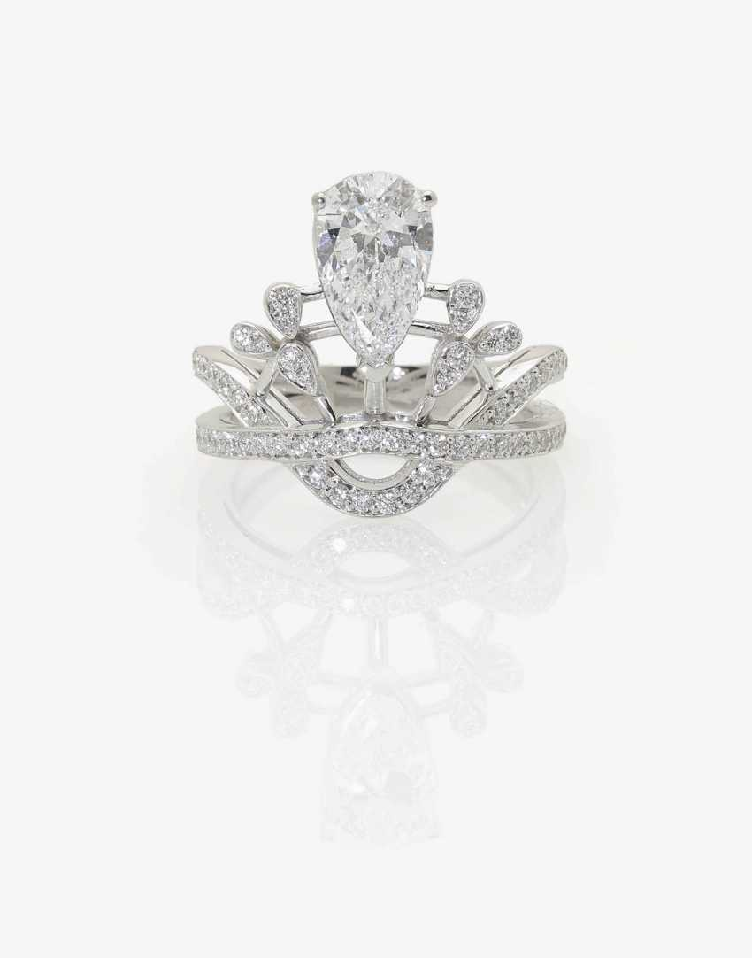 STYLIZED FLORAL COCKTAIL RING DECORATED WITH DIAMOND-BRILLIANT . Belgium, to 2016 - photo 2