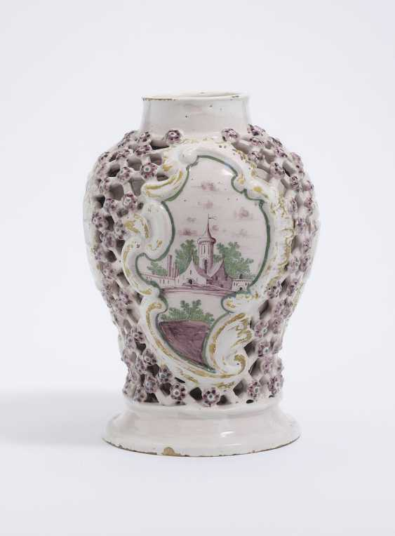 Magdeburg, In The Middle Of 18. Century . Grid vase - photo 3
