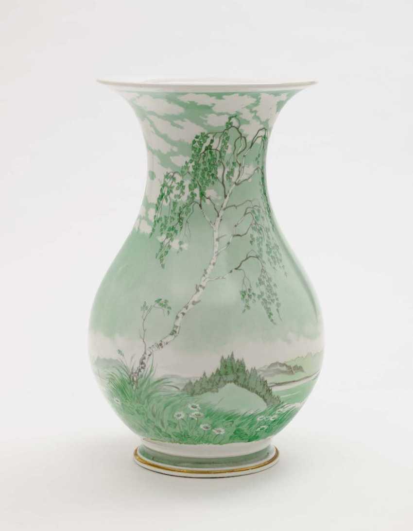 "Nymphenburg, from 1930 to Rudolf Sieck . Vase ""spring on the lake of Starnberg"" - photo 1"