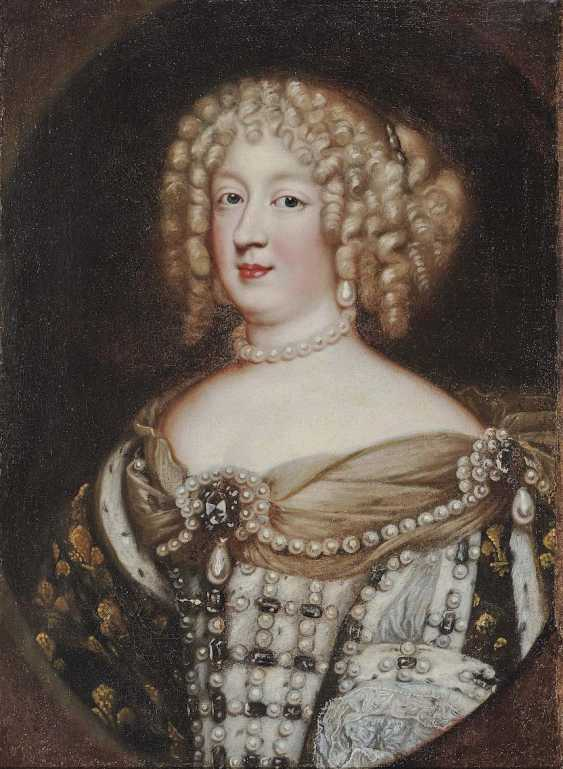 Nocret, Jean, attributed to. Queen Marie-Thérèse of France (1638 Madrid - 1683 Versailles) - photo 1
