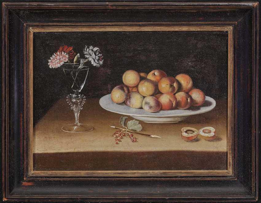 ZURBARÁN, JUAN DE, successor. Still life with peaches and cloves - photo 2