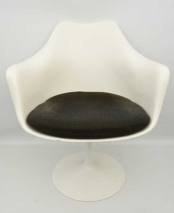 """KNOLL """"TULIP"""" CHAIR 2, with armrests, fiberglass/cashmere, 1990s - photo 1"""