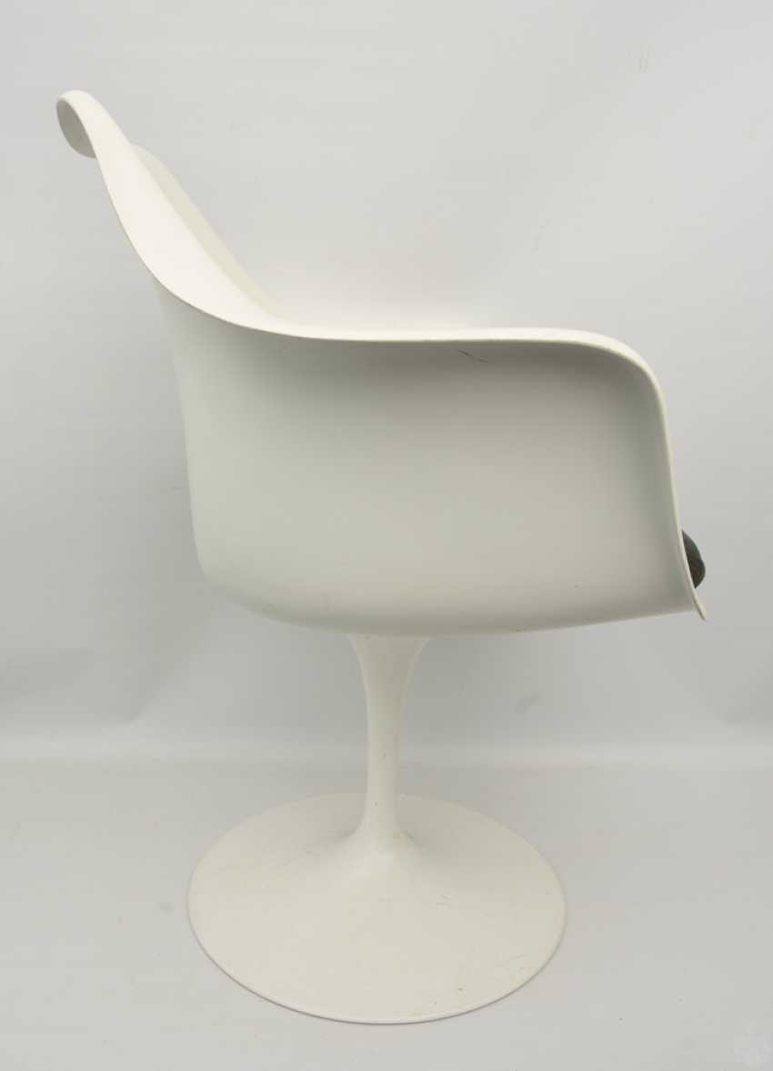 """KNOLL """"TULIP"""" CHAIR 2, with armrests, fiberglass/cashmere, 1990s - photo 4"""