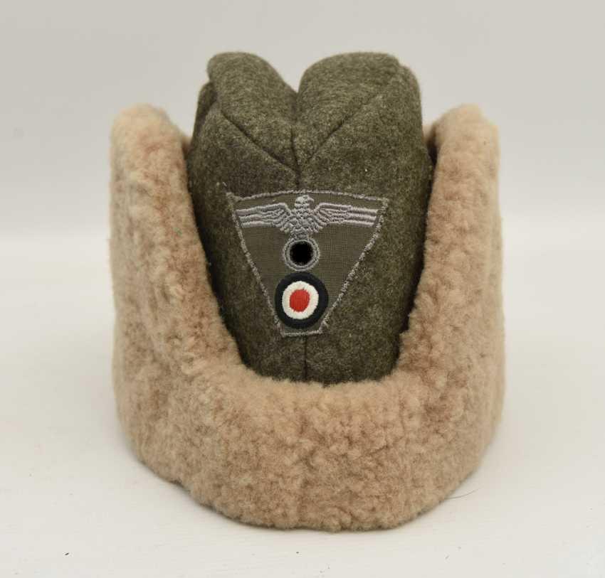 Winter cap WEHRMACHT, cotton/felt/faux fur, Germany after 1945 - photo 1