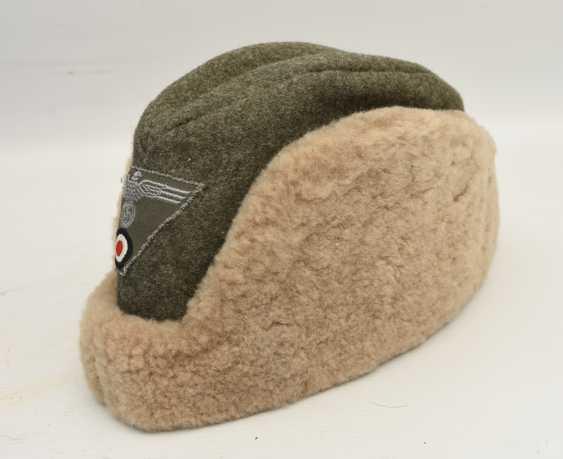 Winter cap WEHRMACHT, cotton/felt/faux fur, Germany after 1945 - photo 3