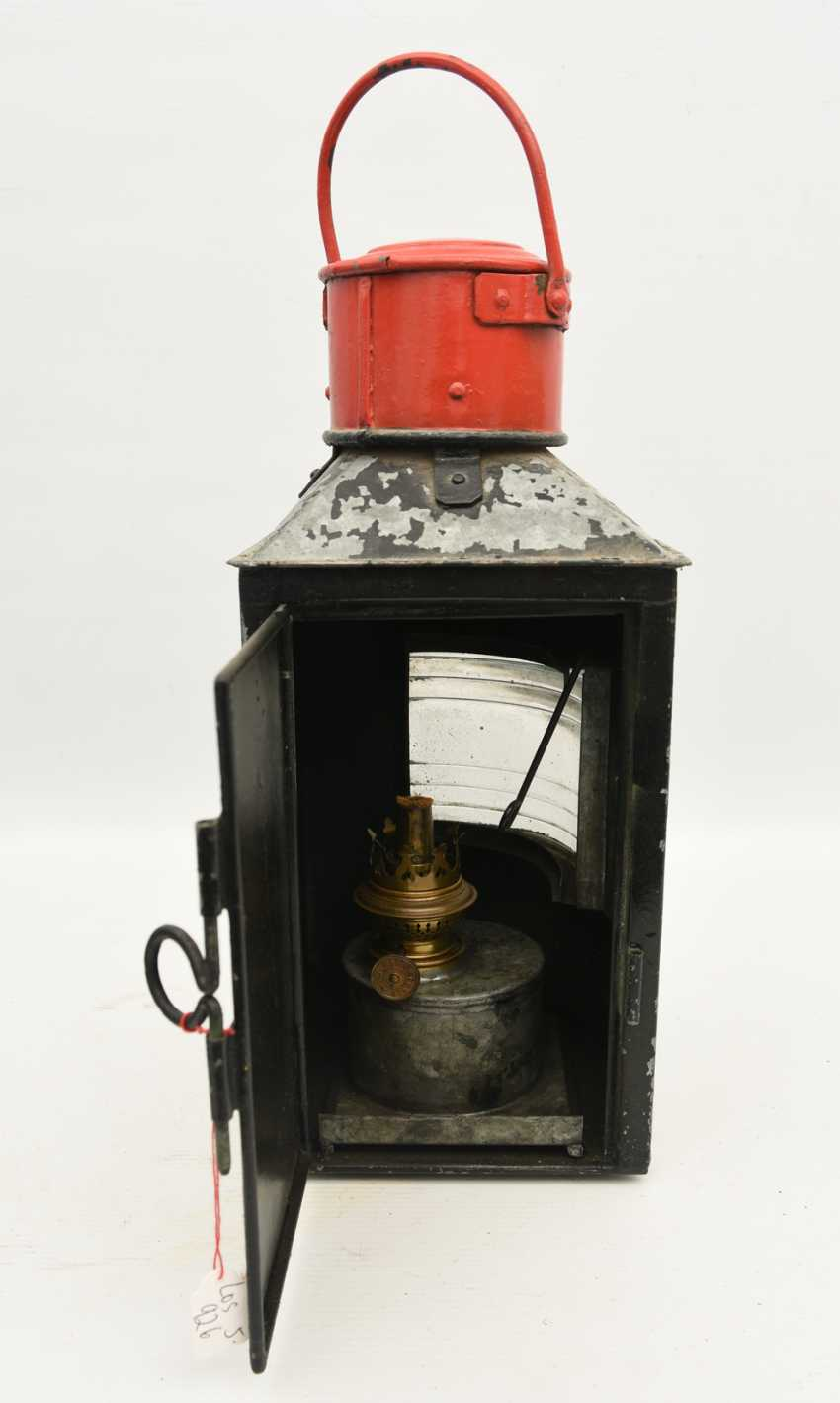 TRAIN - signal lantern, painted tin/glass/brass, 1900's - photo 2