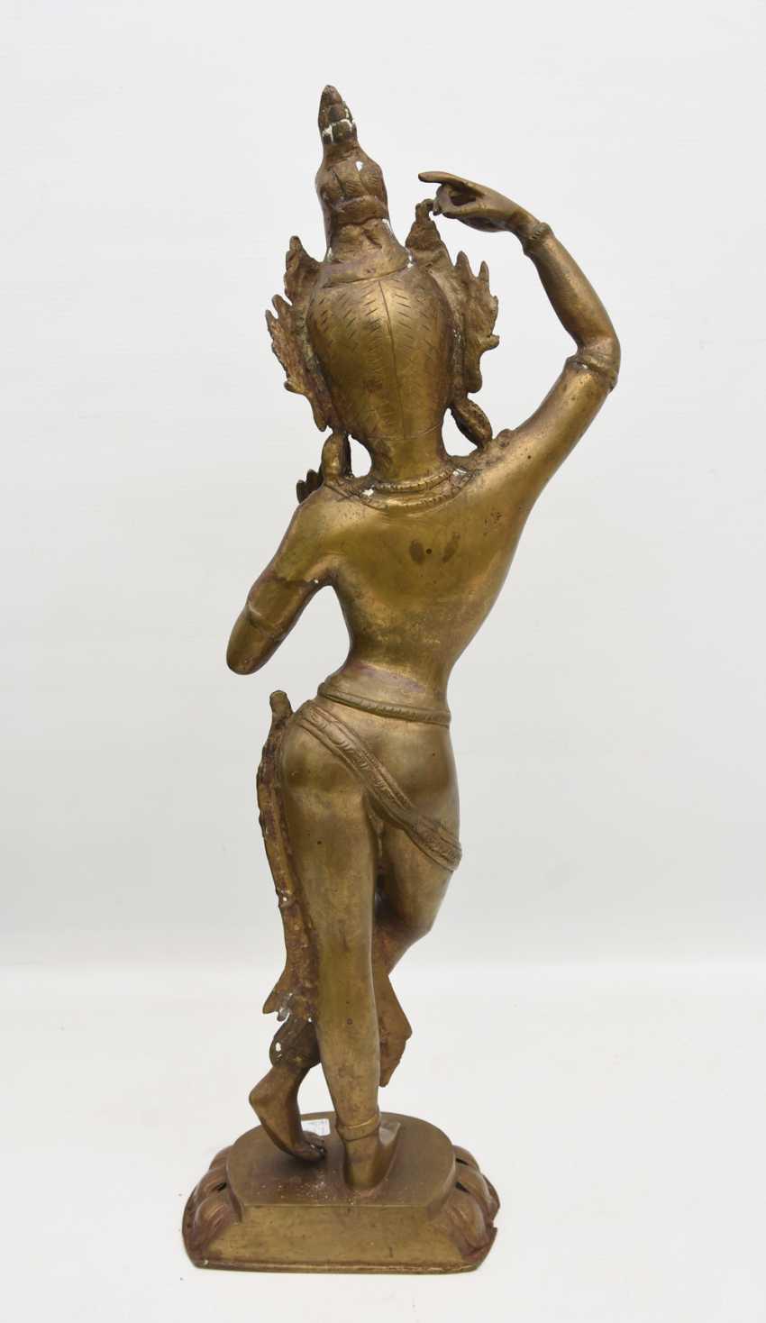 The temple dancer, Bronze, India 20. Century - photo 3