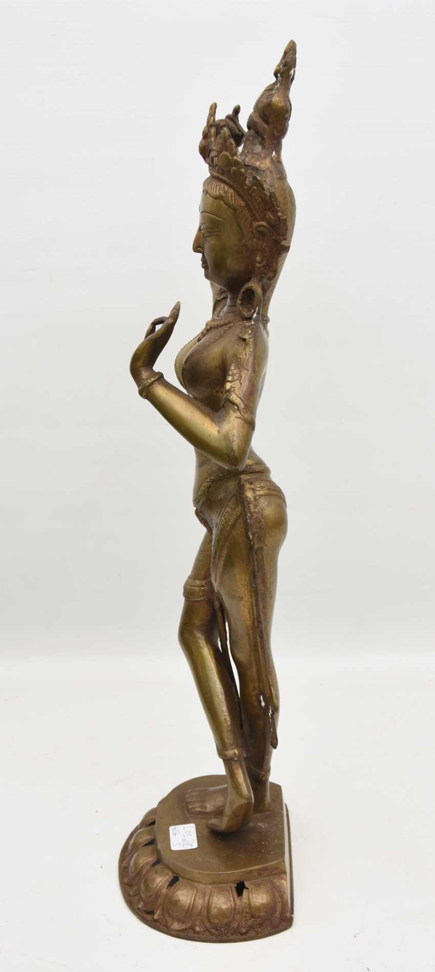 The temple dancer, Bronze, India 20. Century - photo 4