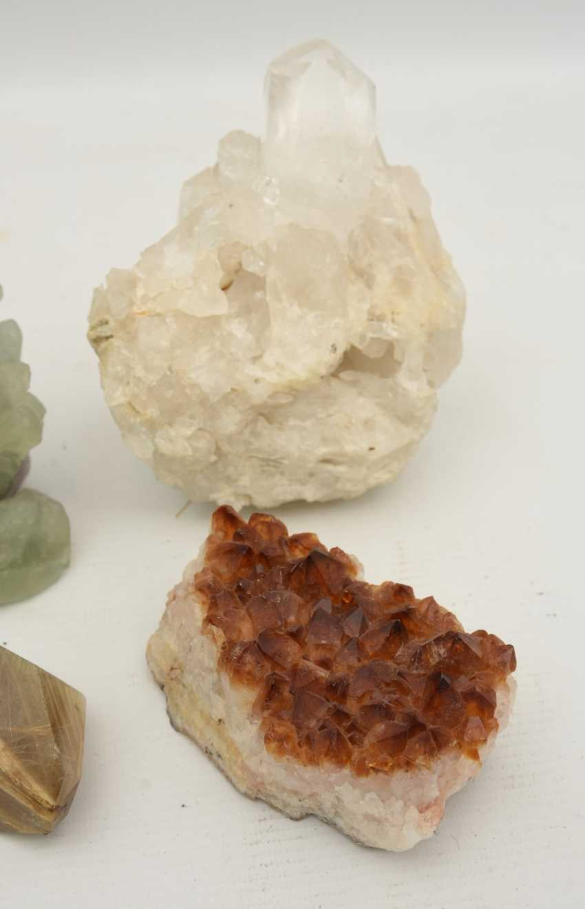 COLLECTION of MINERALS AND semi-precious stones including coral, Amethyst, quartz, 20. Century - photo 4