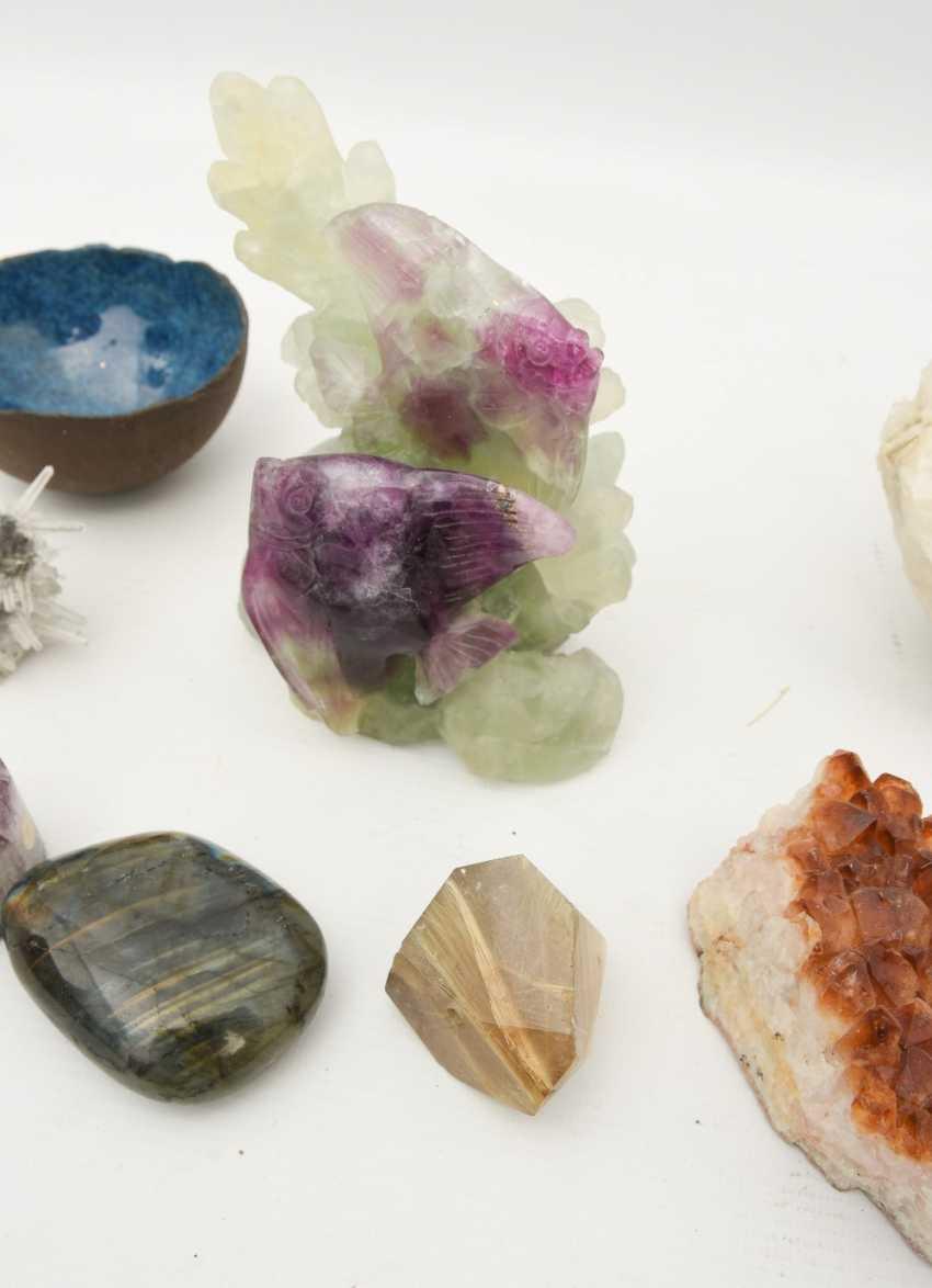 COLLECTION of MINERALS AND semi-precious stones including coral, Amethyst, quartz, 20. Century - photo 12