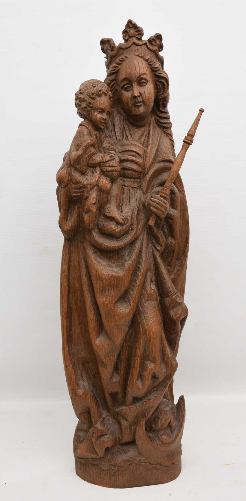 OSNABRÜCK MADONNA, copy after the Original, beschnitztes wood, antique stained, Oberammergau, 20. Century - photo 1