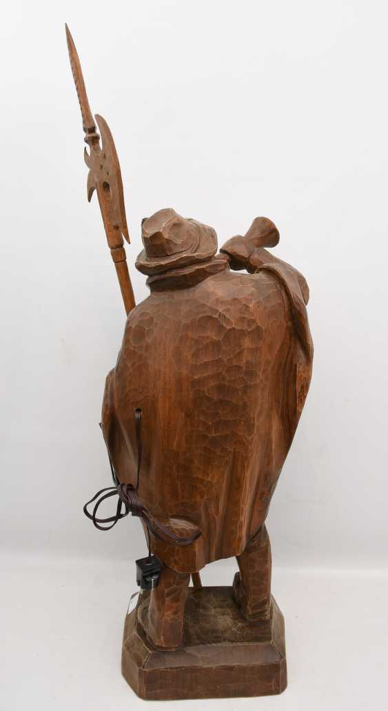 """Night watchman WITH LANTERN"", beschnitztes wood/glass, Germany 20. Century - photo 4"
