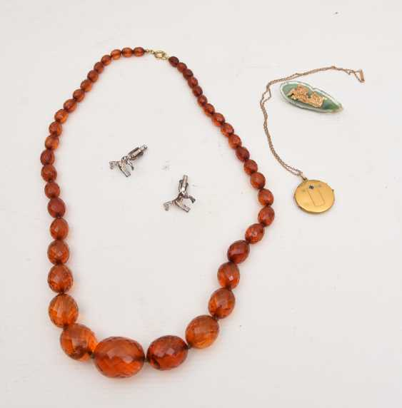 Mixed lot of fashion jewelry, gold-plated part and silver-plated, 20. Century - photo 2