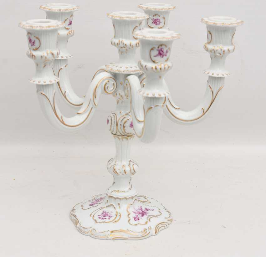 LUDWIGSBURG PORCELAIN CANDELABRA, painted glazed porcelain equipped gold, marked, 20. Century - photo 1