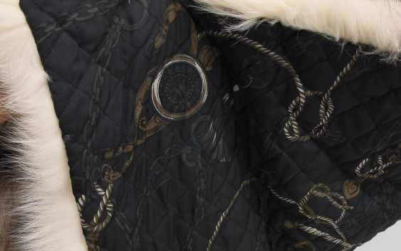 Fur blanket, raccoon dog/silk fabric, 21. Century - photo 2